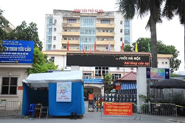 Phát hiện thêm 15 ca dương tính SARS-CoV-2 ở Bệnh viện Phổi Hà Nội, cách ly y tế toàn bệnh viện-1