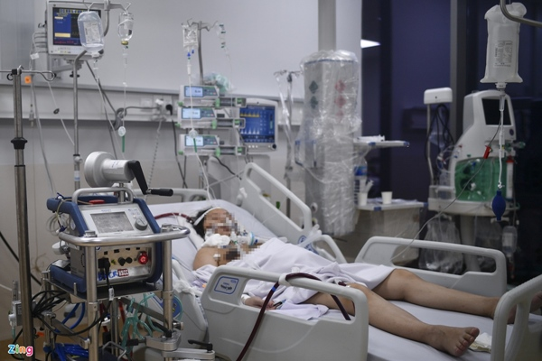 Ranh giới sinh tử ở Bệnh viện Hồi sức Covid-19 TP.HCM-2