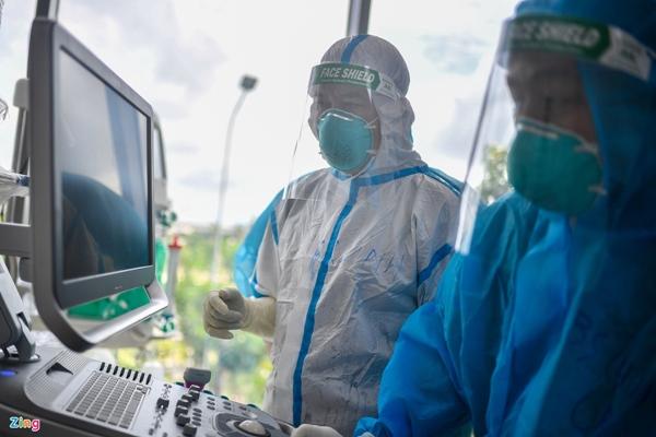 Ranh giới sinh tử ở Bệnh viện Hồi sức Covid-19 TP.HCM-5