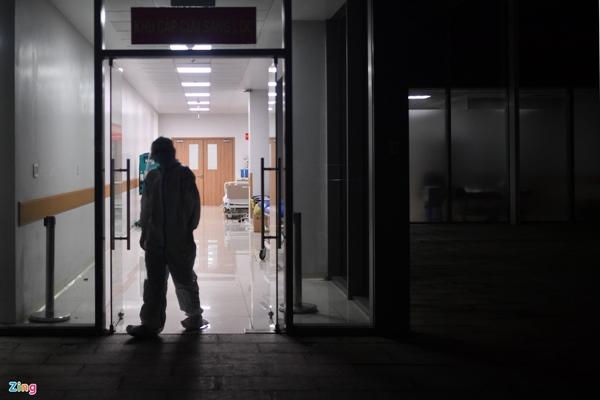 Ranh giới sinh tử ở Bệnh viện Hồi sức Covid-19 TP.HCM-15
