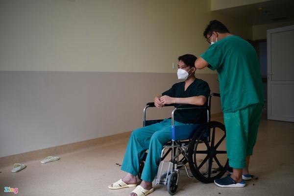 Ranh giới sinh tử ở Bệnh viện Hồi sức Covid-19 TP.HCM-30