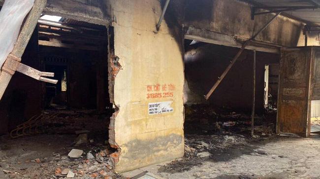 2 vợ chồng tử vong sau tiếng nổ trong đám cháy ở Hải Phòng-1