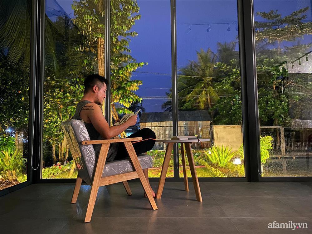Sở hữu mảnh vườn thật chill, chàng trai trẻ Kiên Giang yên tâm nấu ăn, đọc sách, ngắm cây những ngày giãn cách-16