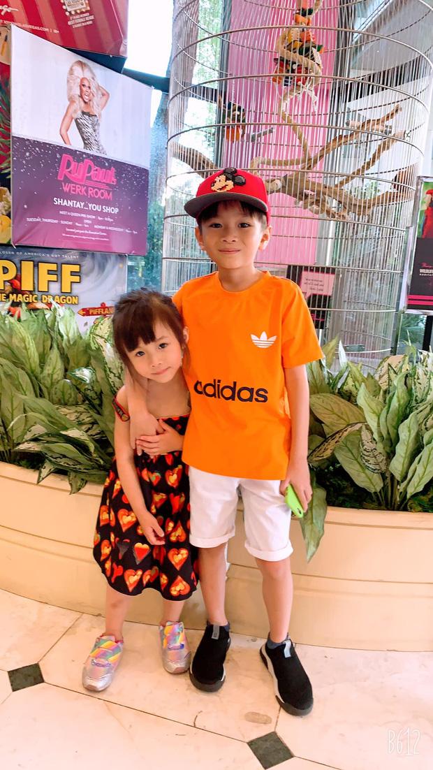 Thanh Thảo khoe ảnh gia đình hạnh phúc của em gái, con chung của Thuỵ Anh và Ngô Kiến Huy giờ lớn và soái lắm rồi-4