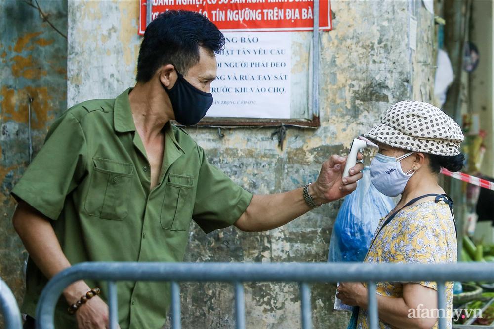 Hà Nội bắt đầu phát phiếu đi chợ cho người dân theo ngày chẵn, ngày lẻ-2