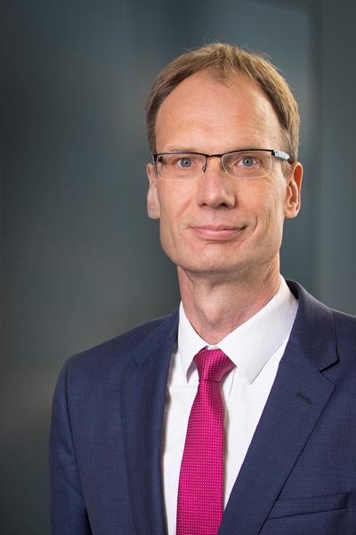 Cựu Phó Chủ tịch Volkswagen Mỹ trở thành CEO VinFast toàn cầu-1