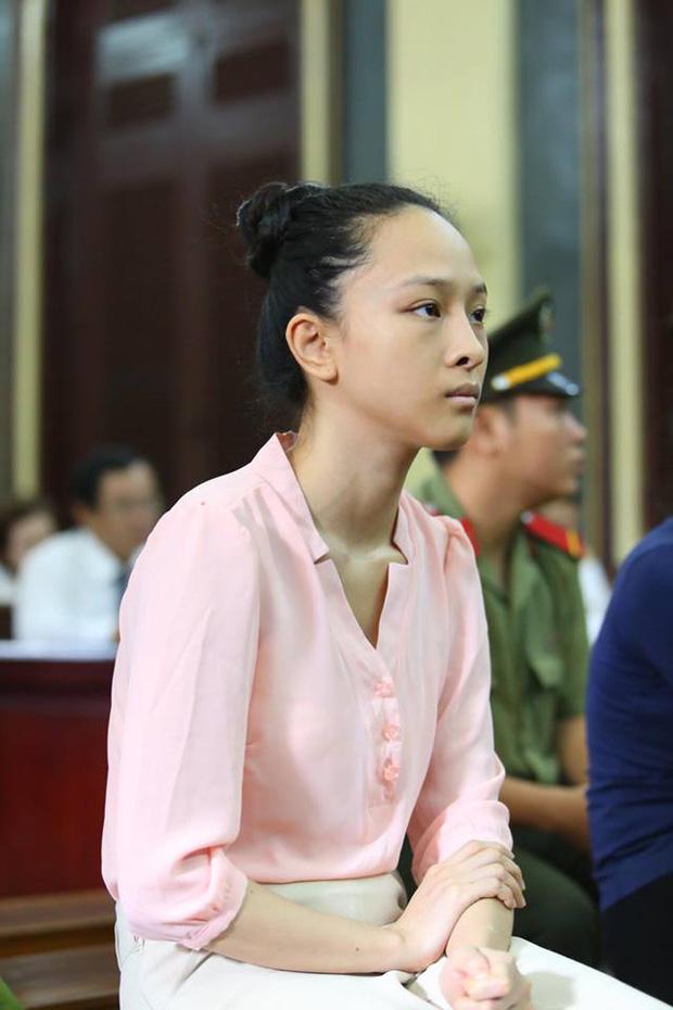 Vbiz từng rúng động bởi scandal tình - tiền của 1 Hoa hậu: Bị tố lừa đảo 16,5 tỷ đồng, nụ cười bí hiểm trên toà gây ám ảnh!-9