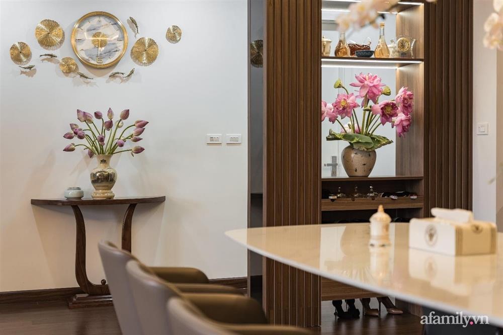 Mãn nhãn với cách thiết kế và bài trí không gian nội thất bên trong căn hộ 120m² ở Hà Nội-9