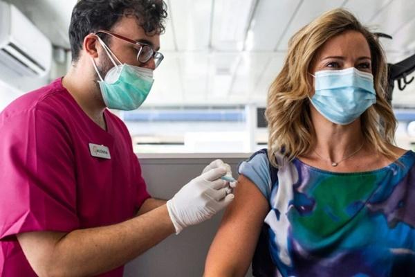 Vaccine hoạt động hiệu quả như thế nào trước biến thể Delta?-1