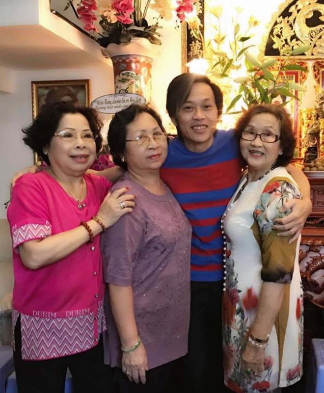 Gia đình NS Hoài Linh xót xa nhận tin người thân qua đời giữa dịch, Nam Thư cùng dàn sao Việt đồng loạt chia buồn-5