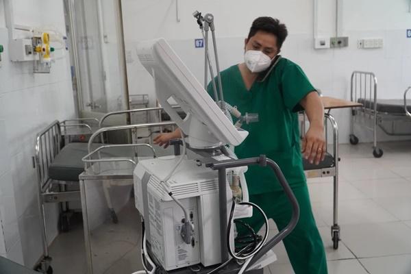 Đâu là giới hạn của con người? - Tâm sự gan ruột của bác sĩ truyền nhiễm ở tâm dịch TP HCM-1