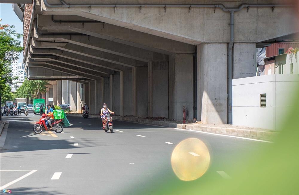Nhiều trường hợp ở Hà Nội bị xử phạt khi đi xe ra phố-8