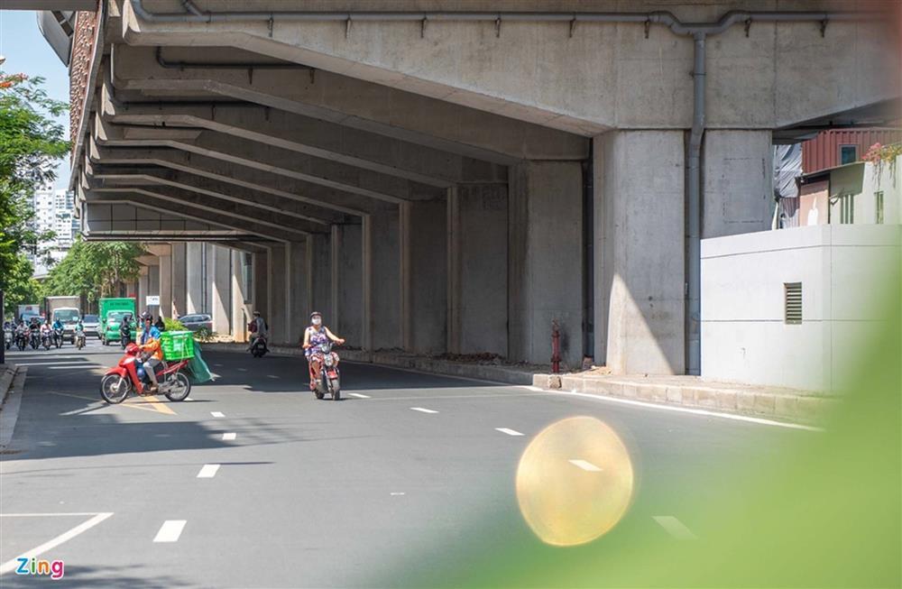 Nhiều trường hợp ở Hà Nội bị xử phạt khi đi xe ra phố-9