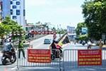 Nhiều trường hợp ở Hà Nội bị xử phạt khi đi xe ra phố