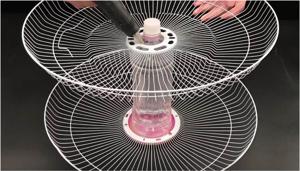 Đừng vội vứt chiếc quạt điện nếu nó bị hỏng, hãy đặt một chai nhựa to ở giữa, cả nhà sẽ đổ xô vào sử dụng-5