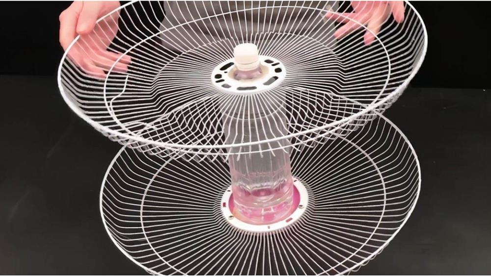 Đừng vội vứt chiếc quạt điện nếu nó bị hỏng, hãy đặt một chai nhựa to ở giữa, cả nhà sẽ đổ xô vào sử dụng-6