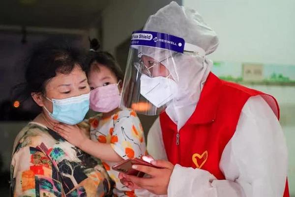 Hoảng hồn nhìn cảnh dân Thái Lan đổ xô đi tiêm vắc-xin Covid-19-2