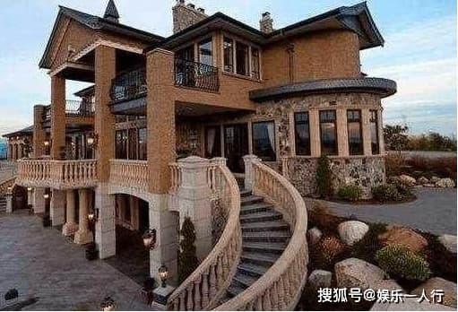 Cận cảnh biệt thự của Huỳnh Hiểu Minh, bên ngoài như tòa lâu đài, nội thất sang trọng bậc nhất, Angelababy sống như công chúa-2
