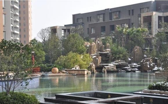 Cận cảnh biệt thự của Huỳnh Hiểu Minh, bên ngoài như tòa lâu đài, nội thất sang trọng bậc nhất, Angelababy sống như công chúa-14