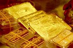 Giá vàng hôm nay 30/7: Lãi suất thấp, vàng tăng vọt-3