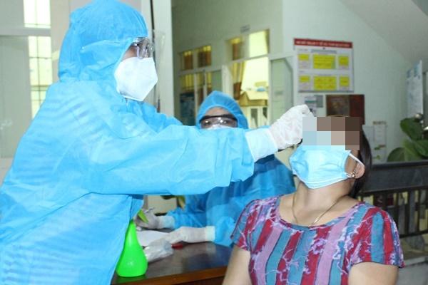 Sáng 29/7, Hà Nội phát hiện thêm 13 ca dương tính SARS-CoV-2, 9 ca tại cộng đồng-1