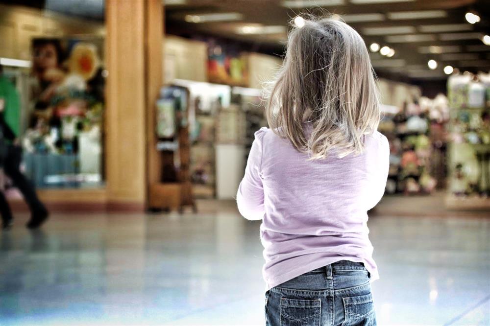 Trẻ bị trêu chọc, thay vì giải quyết giúp, cha mẹ hãy dạy những điều này để trẻ đối diện và vượt qua một cách dễ dàng-5