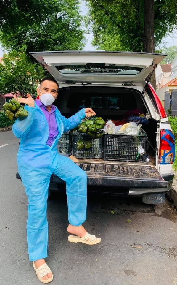MC Quyền Linh: Hầu như không ở nhà, không dám lại gần vợ con để đi từ thiện-5