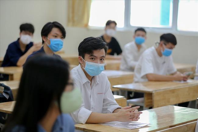 Điều thắc mắc nhất hiện tại: Thí sinh đặc cách tốt nghiệp có được xét vào các trường ĐH top đầu không?-1