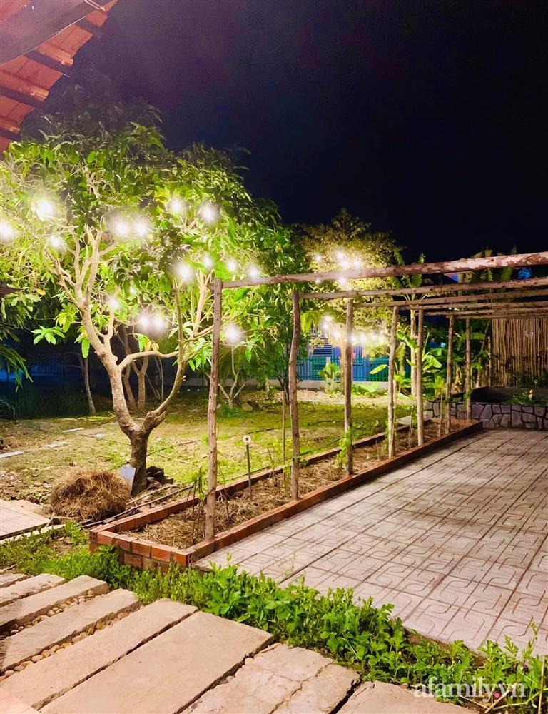 Cả gia đình may mắn có thể sống an yên giữa dịch nhờ ao cá, vườn cây xanh mát ở Bạc Liêu-7