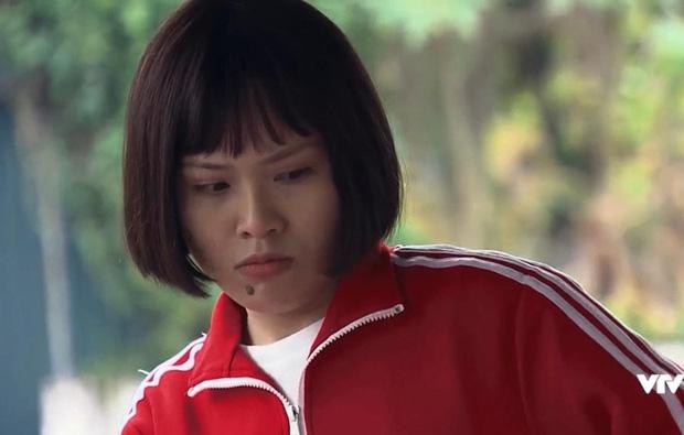 Ánh Tuyết khóc lóc vì bị cắt vai đột ngột ở Hương Vị Tình Thân, netizen ném đá thêm vì thái độ ỡm ờ-1