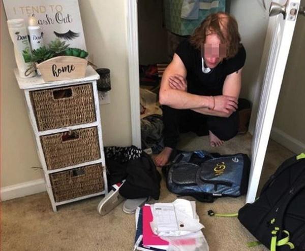 Cha sốc nặng phát hiện bí mật con gái 15 tuổi giấu trong tủ quần áo cả tháng trời, tiết lộ cuộc tình đầy lệch lạc-2