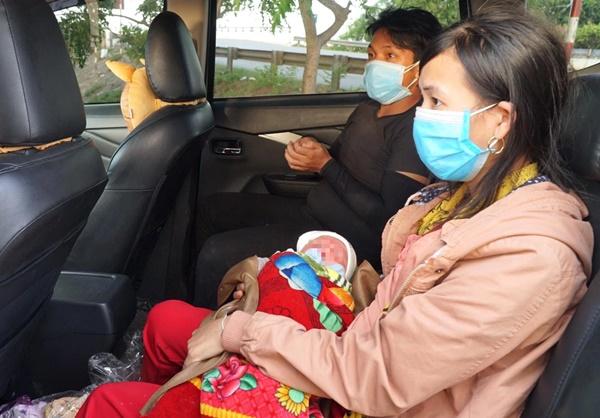 Hành trình bé 10 ngày tuổi vượt 1.500km về quê cùng bố mẹ: Được nhiều người giúp đỡ, về đến quê, vợ con khỏe em hạnh phúc lắm!-2