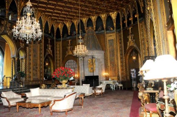 Cận cảnh biệt thự nguy nga nơi Donald Trump ở sau khi rời Nhà Trắng, riêng phòng khiêu vũ cũng được dát 7 triệu đô vàng lá-14