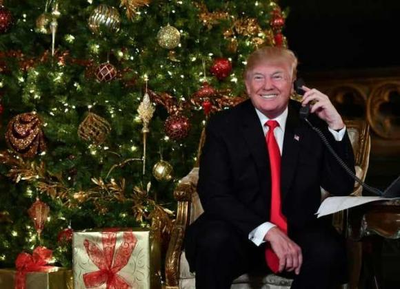 Cận cảnh biệt thự nguy nga nơi Donald Trump ở sau khi rời Nhà Trắng, riêng phòng khiêu vũ cũng được dát 7 triệu đô vàng lá-7