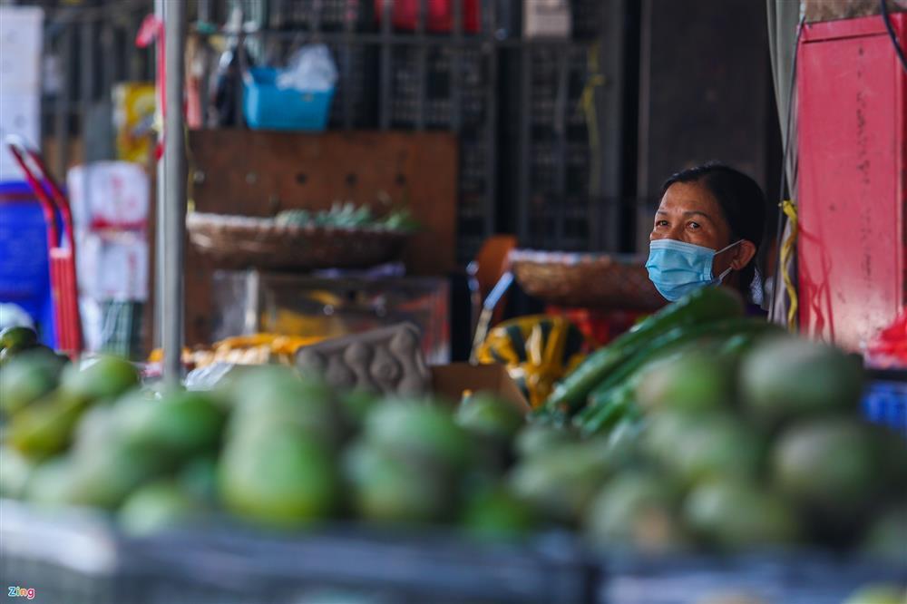 Nhiều chợ ở Hà Nội bị phong tỏa vì dịch Covid-19-6