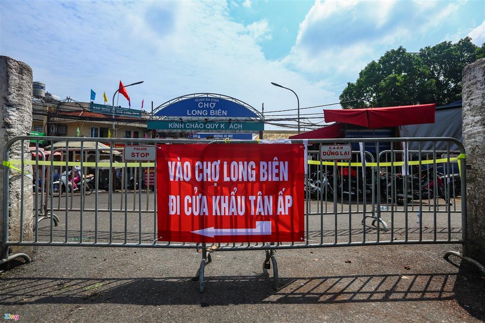 Nhiều chợ ở Hà Nội bị phong tỏa vì dịch Covid-19-4