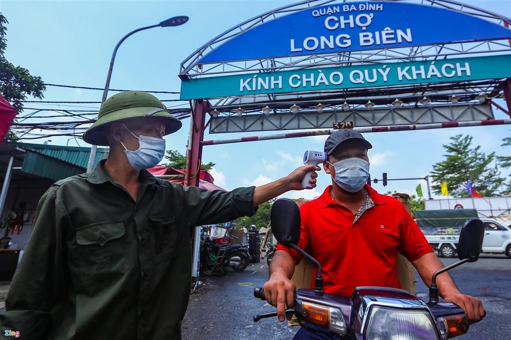 Nhiều chợ ở Hà Nội bị phong tỏa vì dịch Covid-19-7