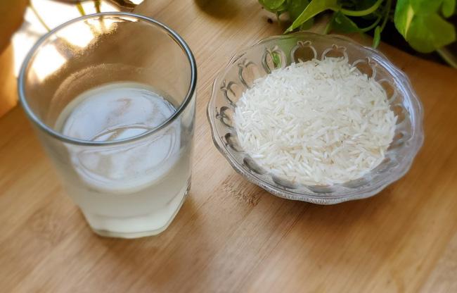 2 loại nước thần mà phụ nữ Nhật dùng để rửa mặt: Trắng da, ngừa nám mà còn chống nắng rất tốt-2