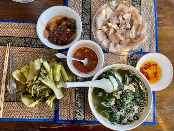 Sang Mỹ sống, Cao Thái Sơn càng chăm chỉ vào bếp nấu ăn, món nào cũngngon, đậm đà hương vị quê nhà-2