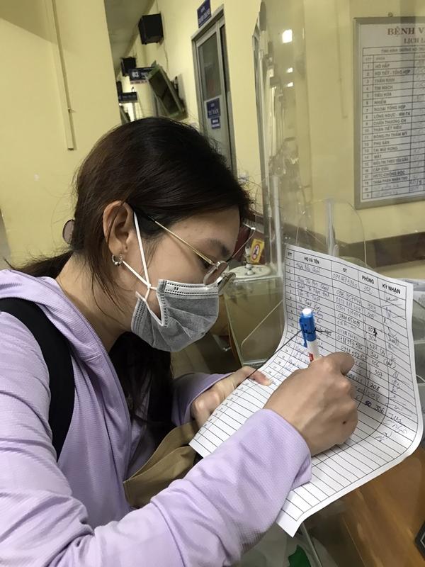 Nữ bác sĩ trong tua cấp cứu giành giật lại sự sống cho bệnh nhân COVID-19: Chưa bao giờ nghĩ tới việc bỏ cuộc!-3