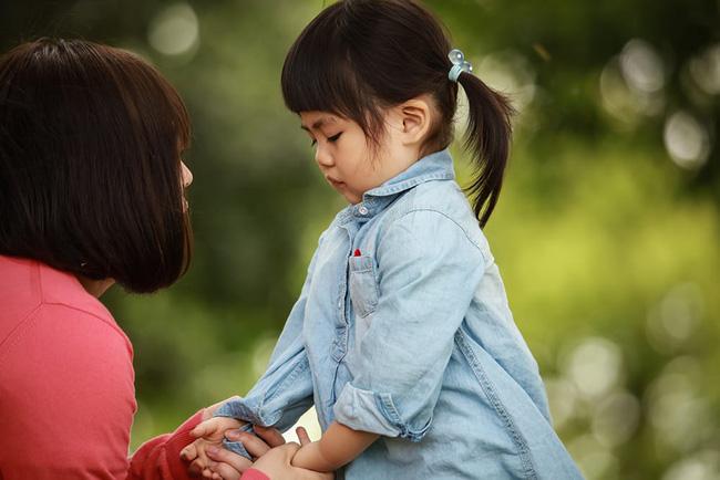 Sự khác biệt giữa những đứa trẻ thường xuyên bị la mắng và không bị la mắng, bố mẹ cần chú ý-2
