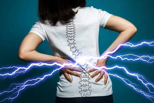 3 dấu hiệu bất thường ở vùng lưng cho thấy tế bào ung thư gõ cửa, mong rằng bạn không có triệu chứng nào-1