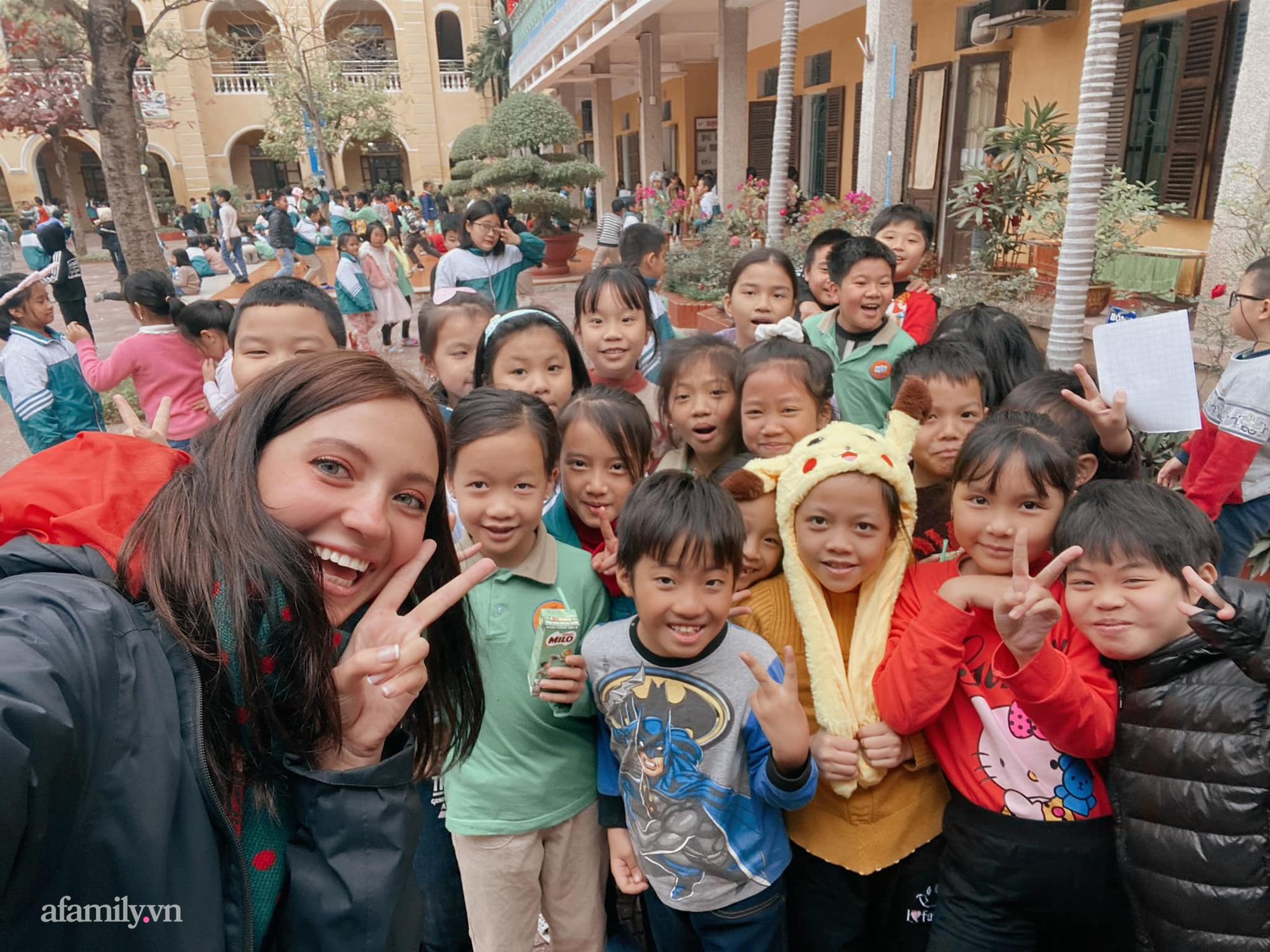 Cô gái người Nga chia sẻ chuỗi ngày giãn cách khó quên khi lần đầu đi chợ bằng phiếu, biết ơn Việt Nam vì sự tử tế dành cho cộng đồng người nước ngoài-6