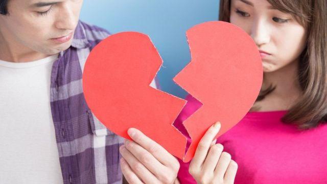 Rảnh rỗi giả nick người yêu cũ của bạn trai để thử lòng và cái kết lững lờ dọa chia tay gây tranh cãi: Tại anh hay tại ả?-2