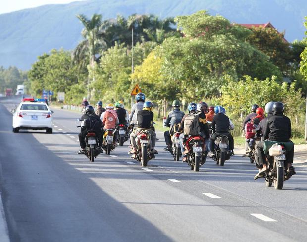 Xử lý tai nạn, 2 CSGT tại Quảng Bình trở thành F1 của nạn nhân-1