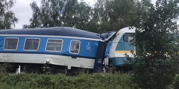 Trên 50 người thương vong trong vụ tai nạn tàu hỏa nghiêm trọng ở Cộng hòa Séc-1