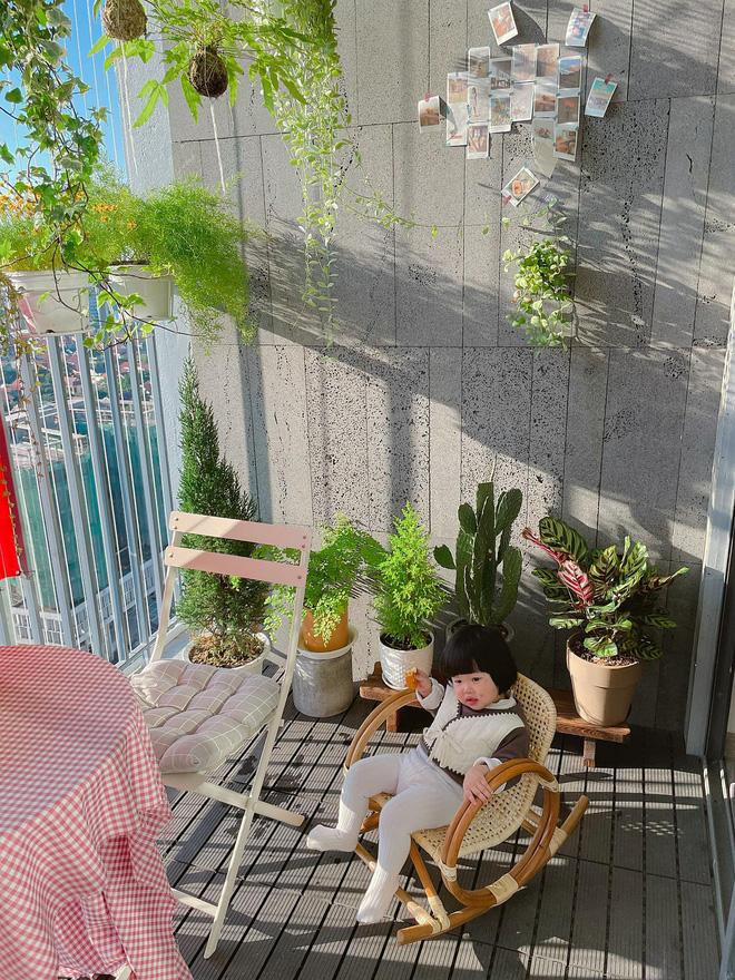 Vợ chồng Nghệ An chi 600 triệu tái cấu trúc căn hộ 90m2, góc nào cũng rộng thênh thang ngắm đến đâu ưng đến đó-18