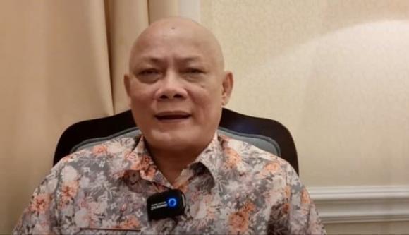 Nghệ sĩ Tấn Hoàng bất ngờ cạo đầu và ăn chay, tiết lộ lý do khiến dân mạng ngỡ ngàng-7