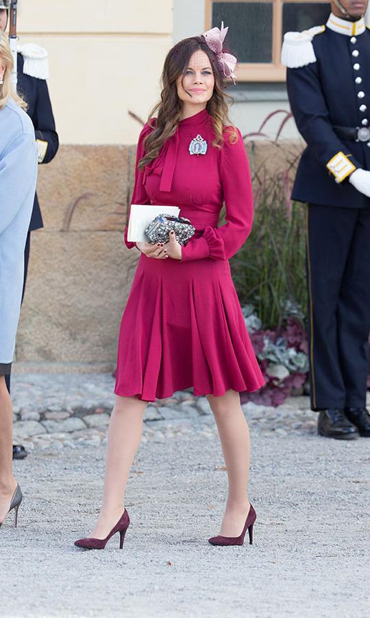 2 nhân vật Hoàng gia: Nhan sắc xấu lạ, nhưng phong cách thời trang thì đỉnh bậc nhất-18