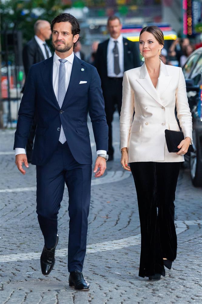 2 nhân vật Hoàng gia: Nhan sắc xấu lạ, nhưng phong cách thời trang thì đỉnh bậc nhất-21